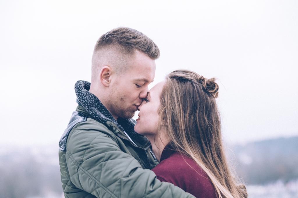 5 Anzeichen für eine starke Beziehung