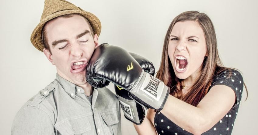 5 Liebeskiller aus dem Alltag, die jede Beziehung ins Wanken bringen